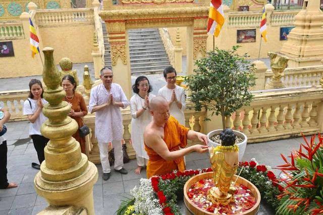 Ấn tượng đẹp sau Đại lễ Phật đản đặc biệt 2020 - Ảnh 12.