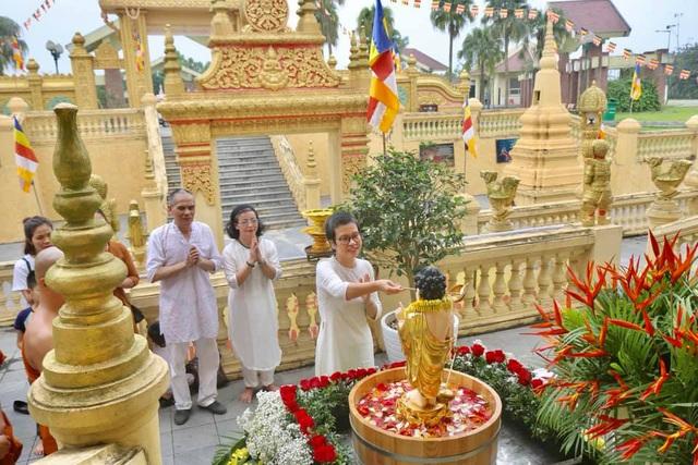 Ấn tượng đẹp sau Đại lễ Phật đản đặc biệt 2020 - Ảnh 11.