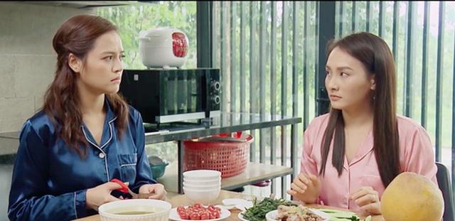 Bảo Thanh giải thích vì đeo khẩu                 trang sai cách trên phim - Ảnh 2.