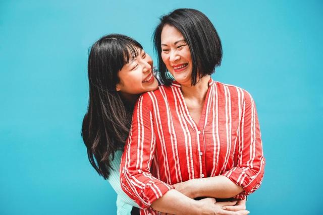Mother's Day: Loạt giới trẻ 3 miền lần đầu dốc       hết tâm tư nói lời cảm ơn mẹ - Ảnh 1.