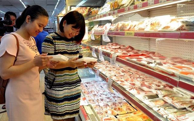 Bao tử cá ba sa giá 89 ngàn đồng/kg được nhiều bà nội trợ mua, tiểu thương ngày bán cả nửa tạ - Ảnh 1.