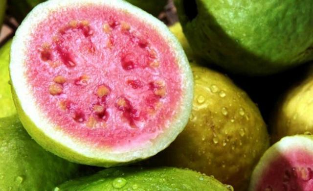 Rất nhiều người bỏ hạt đi khi ăn loại quả này vì sợ táo bón, đó là một sai lầm nghiêm trọng - Ảnh 1.