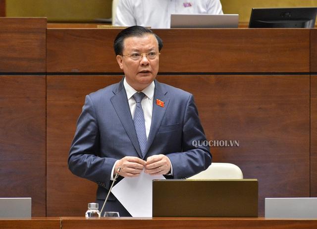 Bộ Tài chính sẽ trình Chính phủ giảm 50% thuế trước bạ ô tô - Ảnh 2.