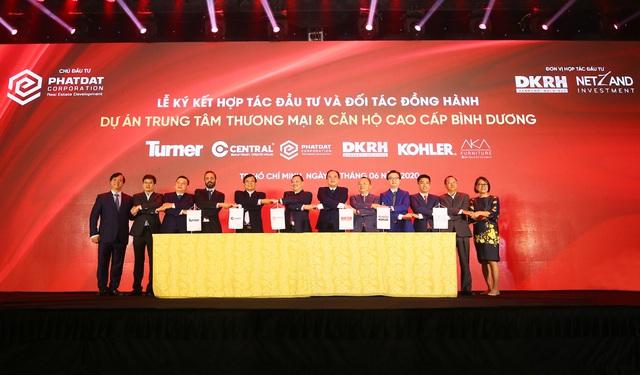 Ký kết hợp tác đầu tư và Phát triển dự án Trung tâm thương mai và căn hộ cao cấp Bình Dương - Ảnh 1.
