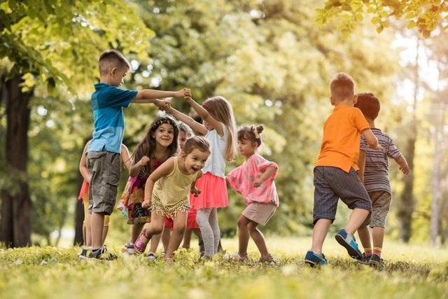6 thói quen tốt cần rèn cho trẻ trước 8 tuổi - Ảnh 2.