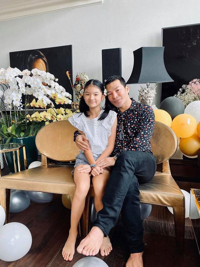 Trương Ngọc Ánh và Trần Bảo Sơn bên nhau trong tiệc của con gái - Ảnh 7.