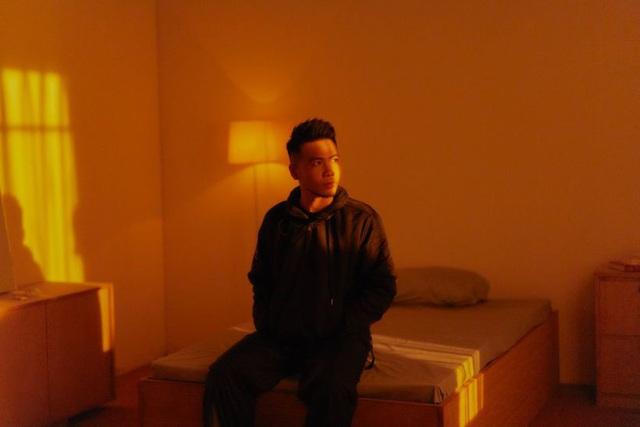 Loạt MV trở lại của Bích Phương: Đầu xuôi nhưng... đuôi không lọt - Ảnh 1.