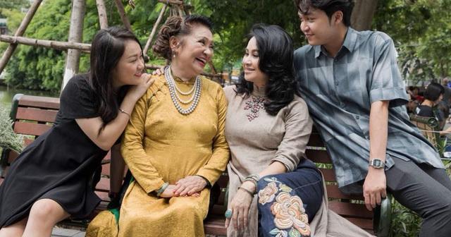 Mẹ diva Thanh Lam: Tôi không ngại chuyện con hát mẹ khen hay - Ảnh 3.