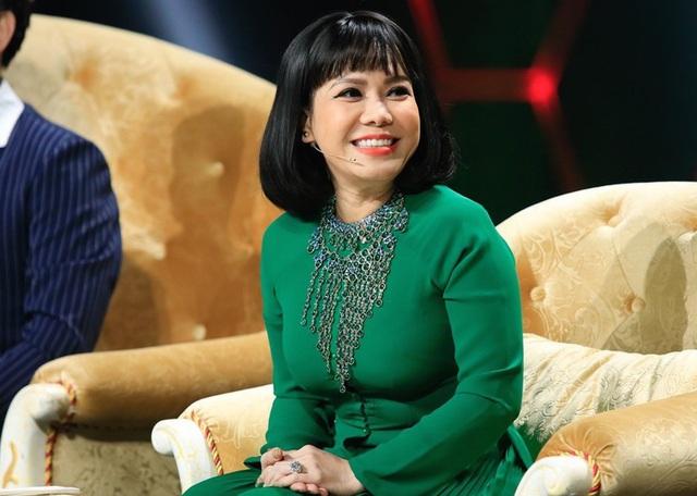 Tuổi 44, vì hoàn cảnh nên phải yêu xa, danh hài Việt Hương tin chồng tuyệt đối - Ảnh 3.