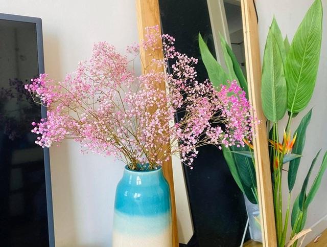 Căn hộ ngập sắc hoa của Ngọc Diễm - Ảnh 5.