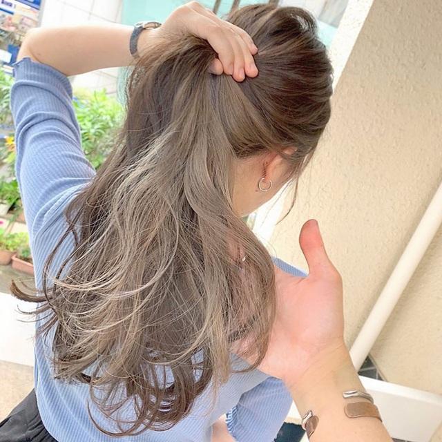 """Hè này mà chơi màu beige cho tóc thì bạn không chỉ xinh ngọt mà visual cũng """"lên mây"""" - Ảnh 6."""