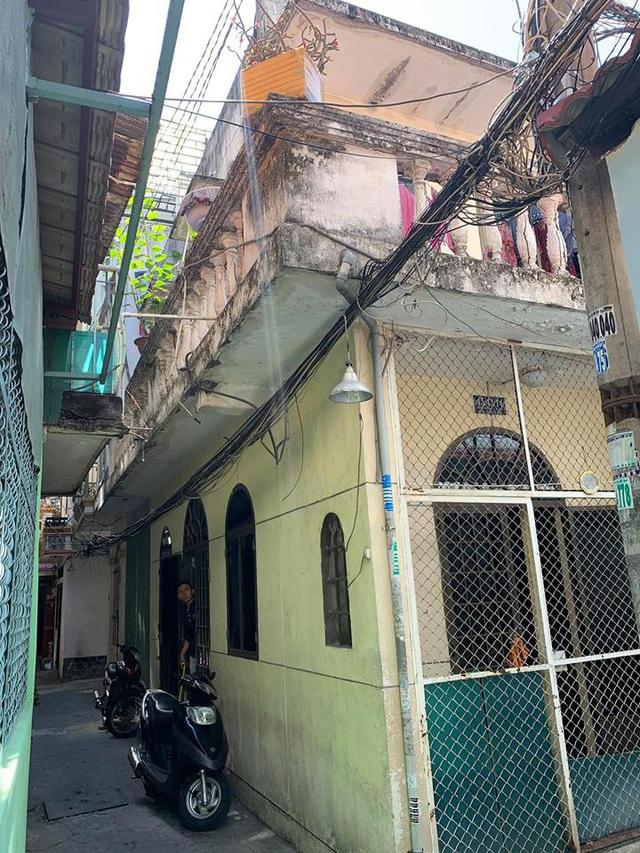 Căn nhà xuống cấp trầm trọng lột xác với 850 triệu - Ảnh 1.