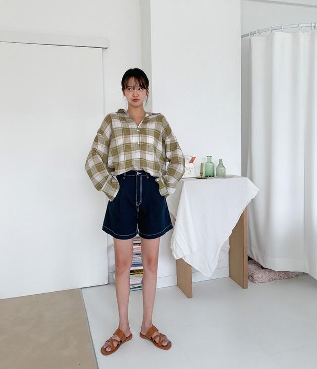 Hot bậc nhất hè này là quần shorts ống rộng và 4 cách diện vừa sành điệu vừa hack dáng hết cỡ - Ảnh 4.