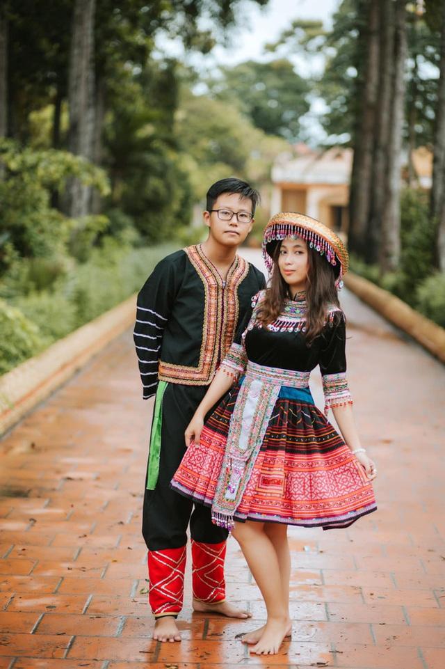 Dùng trang phục của hơn 20 dân tộc chụp kỷ yếu, lớp học chịu chơi nhất là đây! - Ảnh 7.