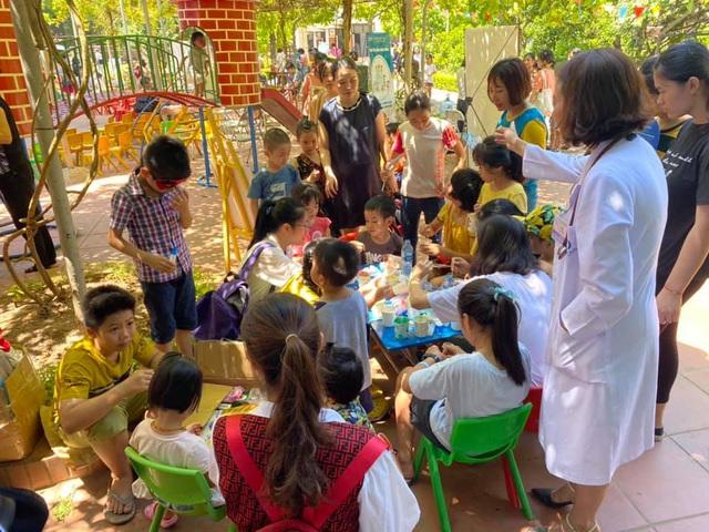 """MC Minh Trang đem """"Ngày hội gia đình đến làng trẻ em SOS - Ảnh 6."""