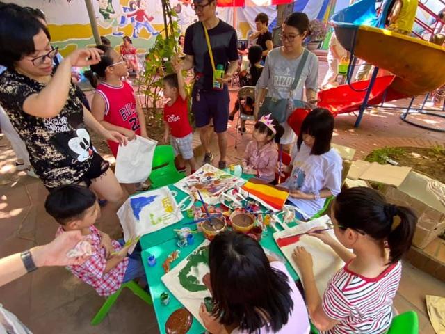 """MC Minh Trang đem """"Ngày hội gia đình đến làng trẻ em SOS - Ảnh 4."""