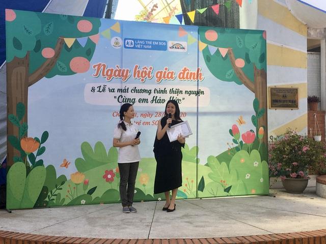 """MC Minh Trang đem """"Ngày hội gia đình đến làng trẻ em SOS - Ảnh 1."""