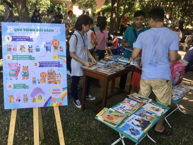 """MC Minh Trang đem """"Ngày hội gia đình đến làng trẻ em SOS - Ảnh 3."""