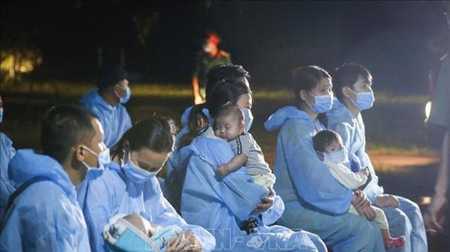 Việt Nam có 73 ngày không có ca lây nhiễm trong cộng đồng, đã dự kiến thời gian phi công người Anh về nước - Ảnh 2.