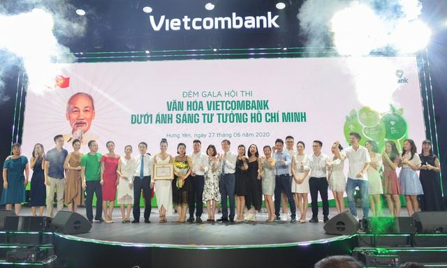 """Hội thi """"Văn hoá Vietcombank dưới ánh sáng tư tưởng Hồ Chí Minh"""" thành công tốt đẹp - Ảnh 2."""