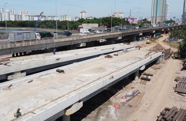 Cầu vượt thấp qua hồ Linh Đàm sắp hoàn thiện khiến hàng vạn cư dân vui mừng - Ảnh 8.
