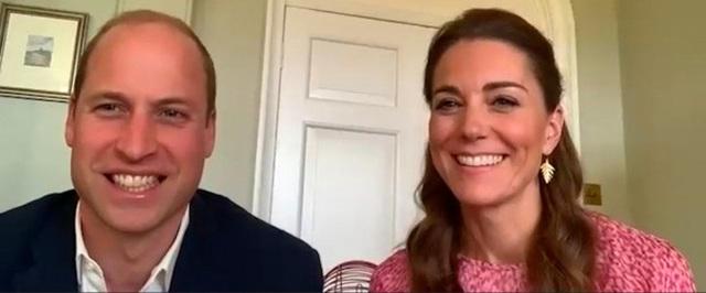 Công nương Kate kìm mình để không lấy mất hào quang của William - Ảnh 3.