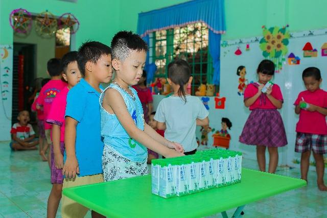 """Nhân rộng niềm vui mang tên """"sữa học đường - Ảnh 2."""