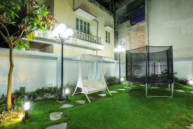 Căn biệt thự với 2 mảnh sân vườn ở Hà Nội - Ảnh 4.