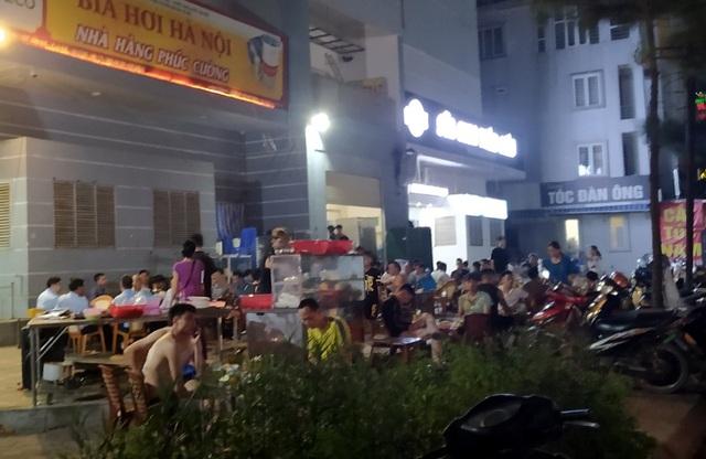 Nắng nóng, hàng loạt quán bia hơi tại Hà Nội đông nghịt khách sau dịch COVID-19 - Ảnh 7.