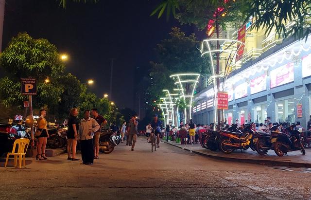 Nắng nóng, hàng loạt quán bia hơi tại Hà Nội đông nghịt khách sau dịch COVID-19 - Ảnh 5.