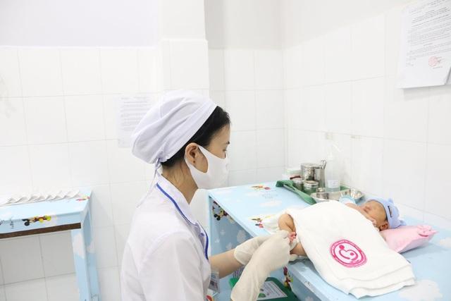 Phát hiện và điều trị kịp thời trẻ sơ sinh bị suy giáp bẩm sinh - Ảnh 1.
