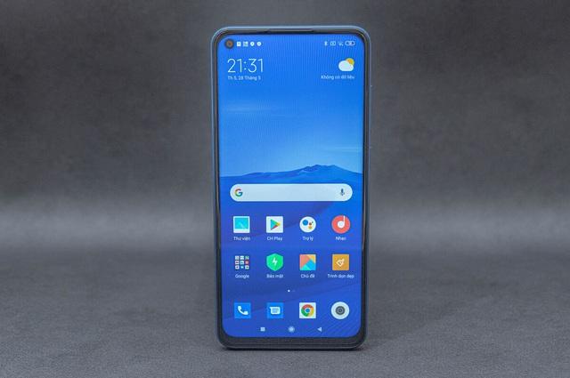 7 smartphone pin khủng giá 6 triệu đồng - Ảnh 7.