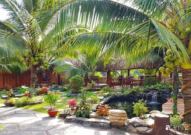 Ngôi nhà làm từ 4000 trái dừa có chi phí xây dựng lên đến 6 tỷ ở Vĩnh Long và tâm nguyện của chủ nhà khiến ai cũng bất ngờ - Ảnh 1.