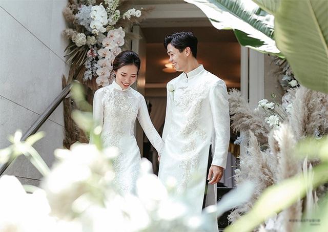Công Phượng và vợ cười, khóc trong lễ đính hôn - Ảnh 7.