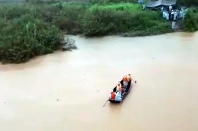 Lâm Đồng: Rủ nhau tắm suối, 3 học sinh đuối nước thương tâm - Ảnh 1.