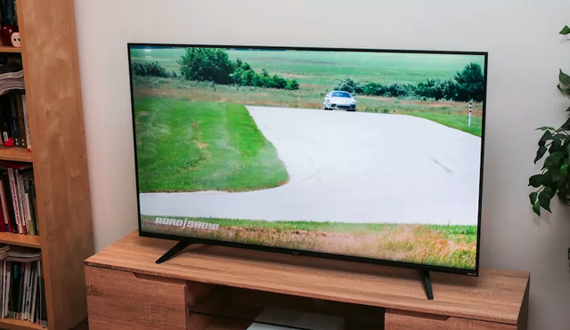 Những TV 4K giá rẻ đáng mua nhất 2020 - Ảnh 4.