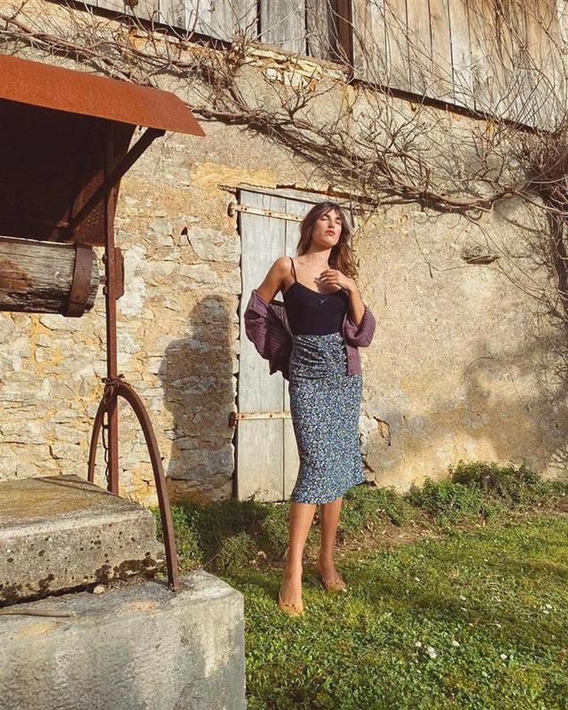 4 mẫu chân váy xinh như mộng được phụ nữ Pháp si mê từ năm này qua tháng khác, bạn sắm theo là style đã lên đời rồi - Ảnh 10.