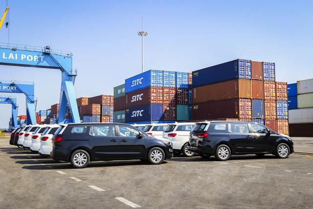 Thaco xuất khẩu ô tô qua Thái Lan - Ảnh 1.