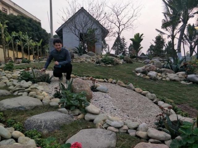 Sân vườn trong biệt thự bạc tỷ của 3 nam diễn viên nổi tiếng nhất nhì showbiz Việt, ai nhìn cũng phải ngưỡng mộ - Ảnh 7.