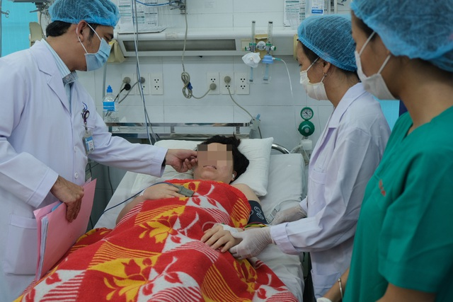10 phút cứu sống thai phụ biến chứng nhau tiền đạo nhờ báo động đỏ liên viện - Ảnh 2.