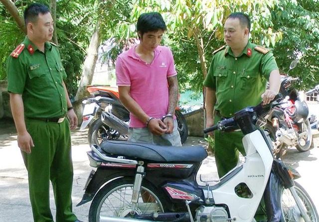 Vây bắt đối tượng nhiễm HIV, 3 cảnh sát bị thương phải xử lý chống phơi nhiễm  - Ảnh 1.