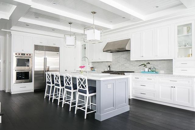 Kiến trúc sư bày cách sử dụng gam màu trắng và 5 kiểu kết hợp đình đám cho không gian bếp của các gia đình - Ảnh 12.