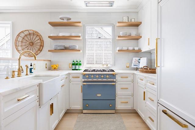 Kiến trúc sư bày cách sử dụng gam màu trắng và 5 kiểu kết hợp đình đám cho không gian bếp của các gia đình - Ảnh 23.