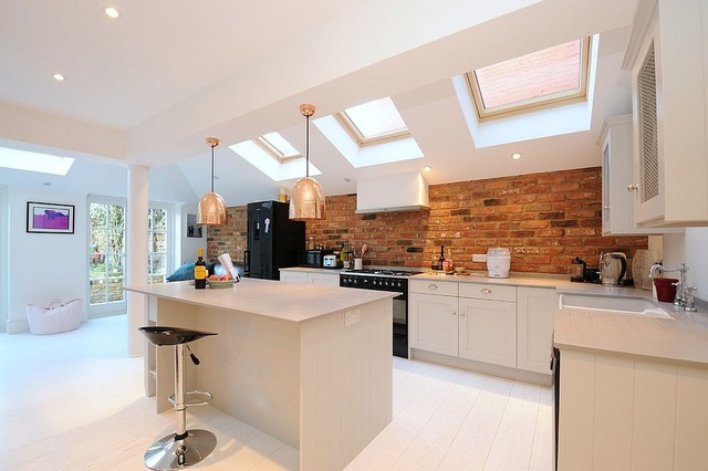 Kiến trúc sư bày cách sử dụng gam màu trắng và 5 kiểu kết hợp đình đám cho không gian bếp của các gia đình - Ảnh 28.
