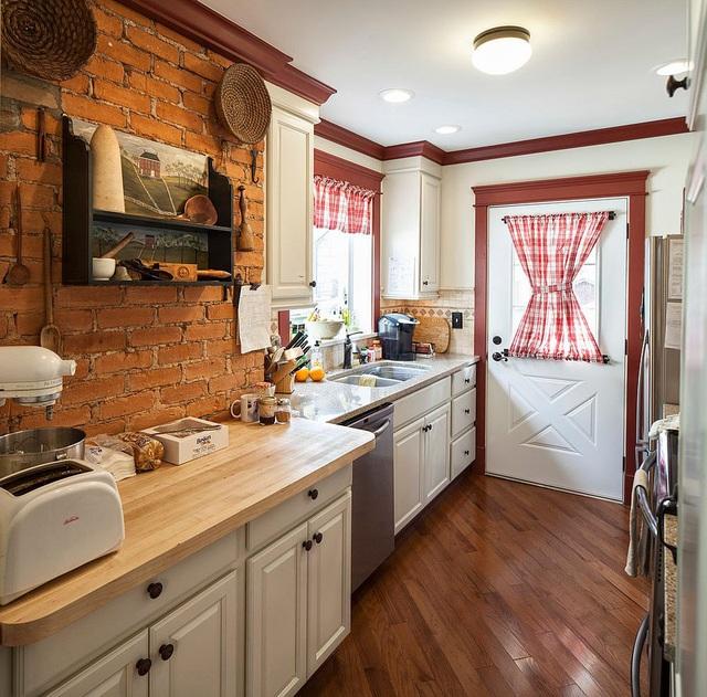 Kiến trúc sư bày cách sử dụng gam màu trắng và 5 kiểu kết hợp đình đám cho không gian bếp của các gia đình - Ảnh 29.