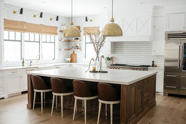 Kiến trúc sư bày cách sử dụng gam màu trắng và 5 kiểu kết hợp đình đám cho không gian bếp của các gia đình - Ảnh 4.