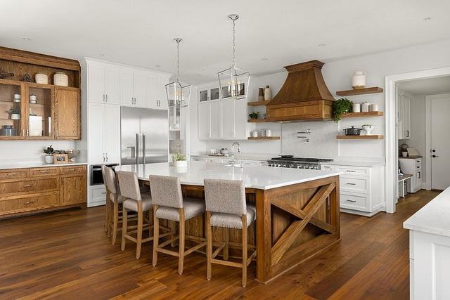 Kiến trúc sư bày cách sử dụng gam màu trắng và 5 kiểu kết hợp đình đám cho không gian bếp của các gia đình - Ảnh 7.