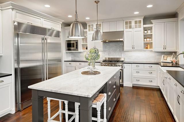 Kiến trúc sư bày cách sử dụng gam màu trắng và 5 kiểu kết hợp đình đám cho không gian bếp của các gia đình - Ảnh 10.