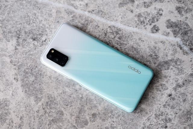 8 smartphone dưới 7 triệu đồng mới giảm giá - Ảnh 1.