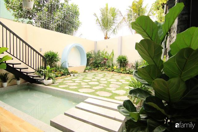 Căn nhà phố bên ngoài thì giản dị nhưng bên trong lại vô cùng sinh động ở Sài Gòn - Ảnh 13.